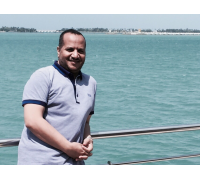 On Jeddah Corniche after providing training for the leaders of the Presidency of the Two Holy Mosques in Makkah and Madinah (18th April 2015)
